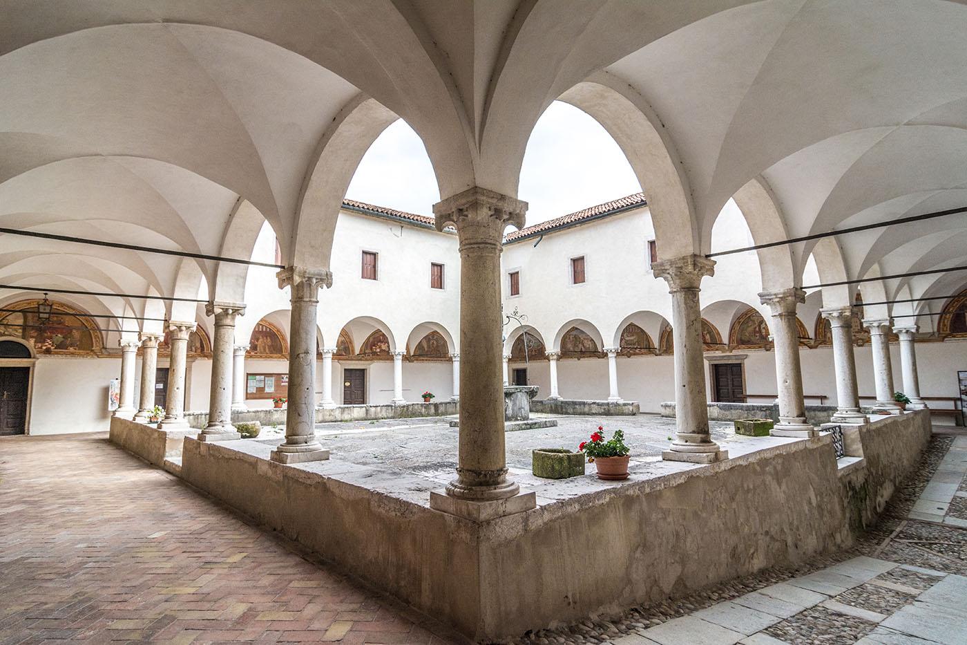Chiostro del Santuario di San Vittore a Feltre